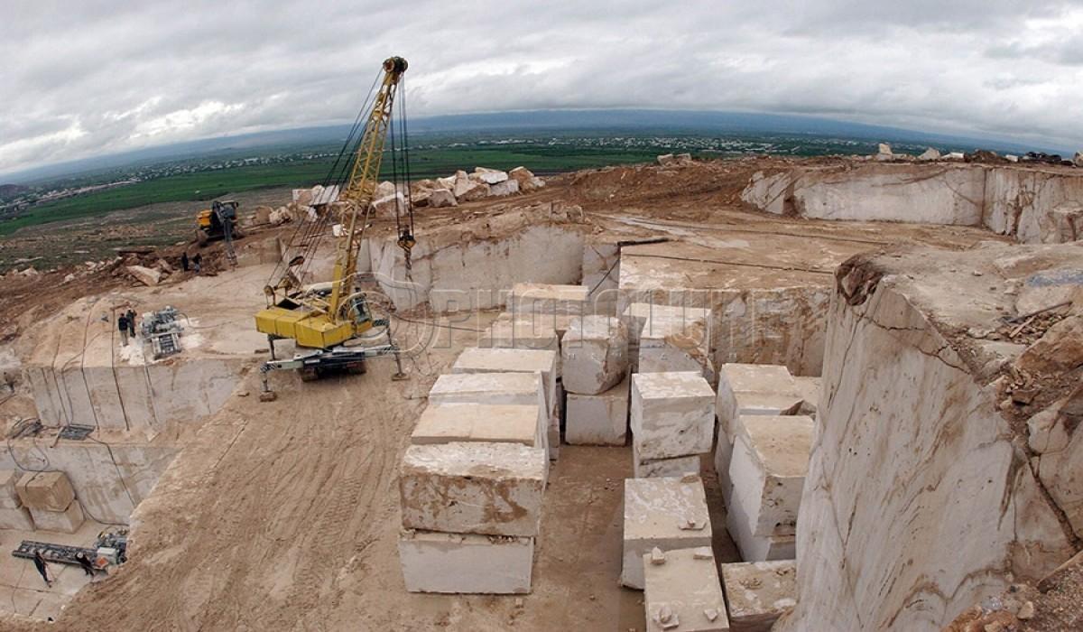 شهرستان نقده با ظرفیت استخراج سالانه 124 هزار تن