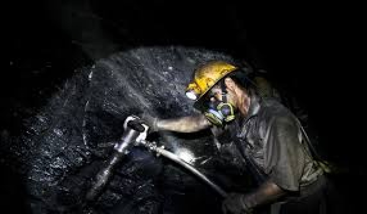 تعطیلی تونل زغالسنگ طرزه تا زمان ارائه گزارش دقیق حادثه