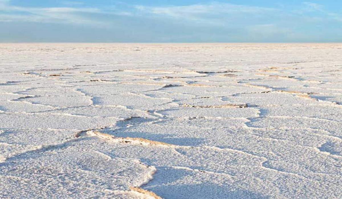 دریاچه نمک و حوض سلطان یکی از ظرفیتهای معدنی مهم قم